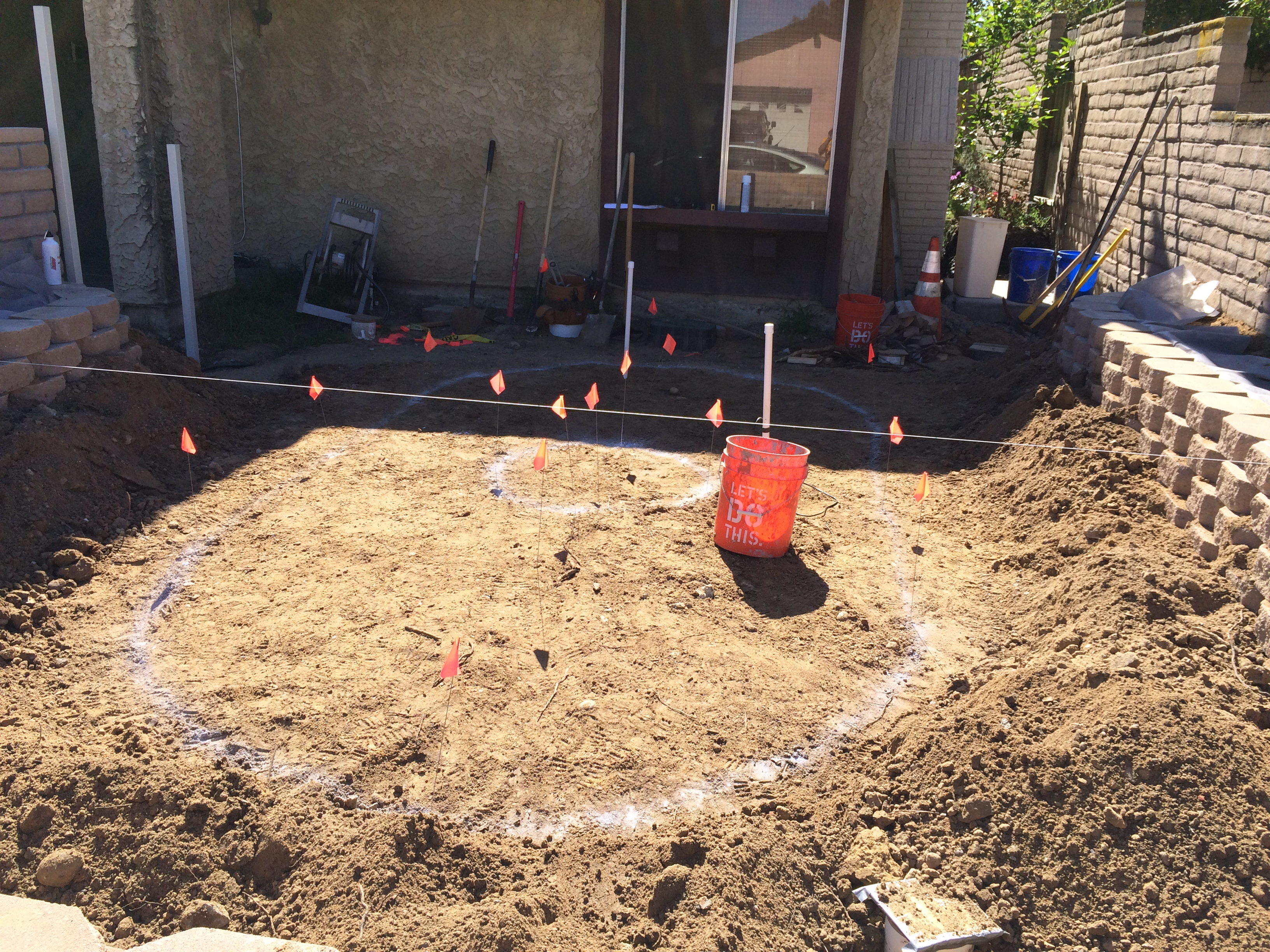 How To Build a Keystone Retaining Wall | Frank\'s Home Remodeling Project